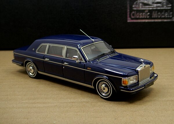 1/43 Rolls-Royce Silver Spur II Touring Limousine,Blue